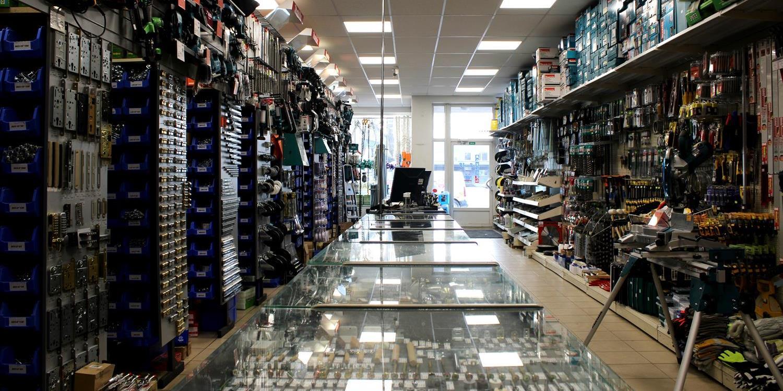 Instrumentu un skrūvju veikals Cēsīs par izdevīgām cenām